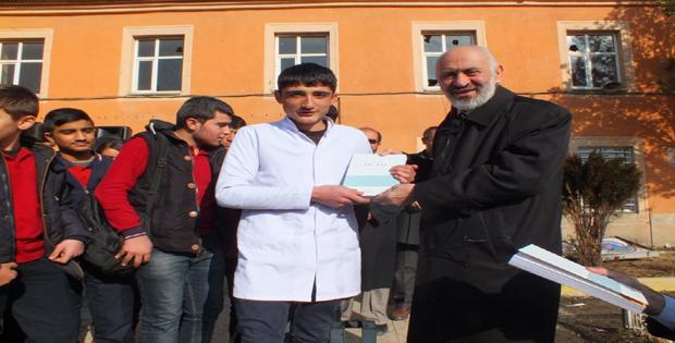 Müftü Arvas'tan Her Hafta Bir Okul Ziyareti Projesi kapsamında ziyaret