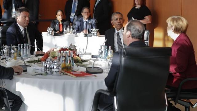 Obama Berlin'de AB Zirvesine Katıldı