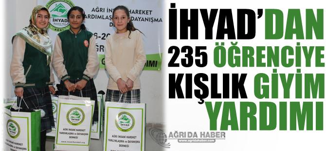 İHYAD'dan 235 Öğrenciye Kışlık Giyim Yardımı