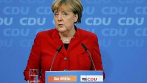 Angela Merkel Yeniden Aday Olacağını Açıkladı !