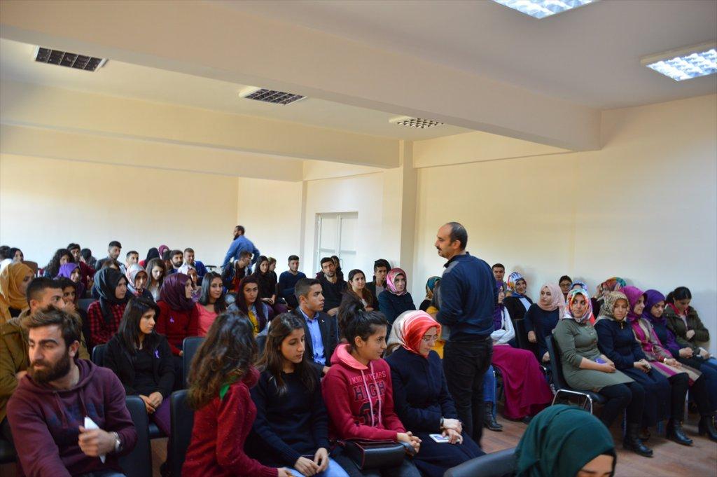 Muş'ta Myo Öğrencilerinden Anlamlı Bağış