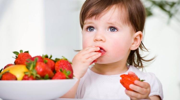 Yüksek kolesterolü olan çocuğunuzun her lokmasını takip edin!