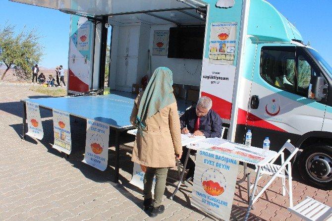Organ bağışı bilincinin artırılması için Malazgirt'te Stant Açıldı