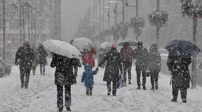 İstanbul'da kar yağışı ! Meteroloji Açıkladı ?