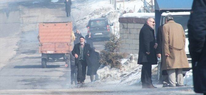 Hamur'da Havaların Isınması Halkın Yüzünü Güldürdü