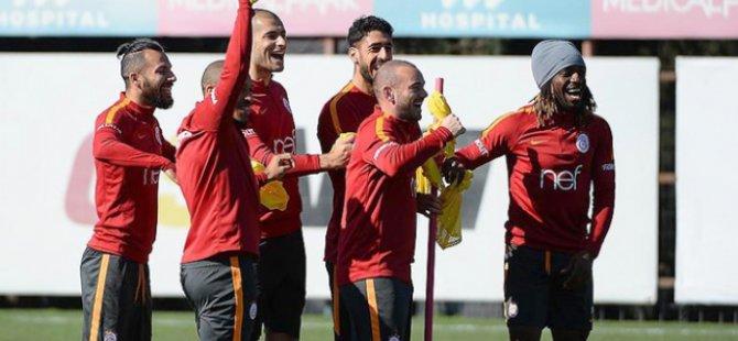 Spor Toto Süper Lig'in 22. haftasındaki derbi yazar yorumları ?