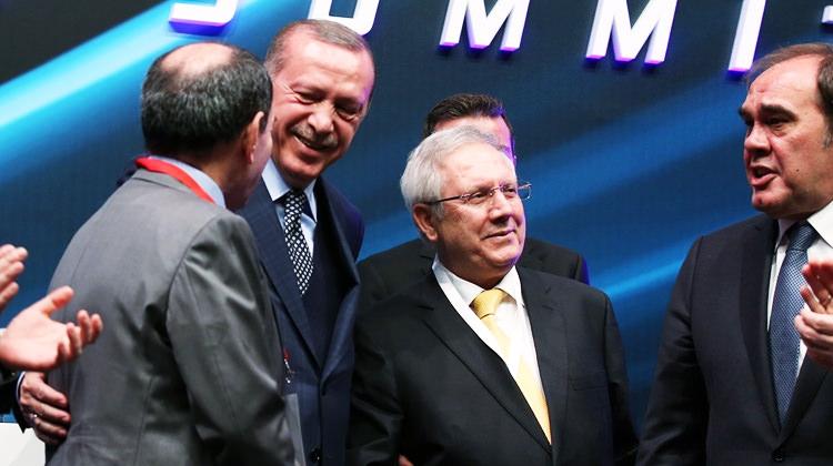 Aziz Yıldırım'ın Erdoğan'ı güldüren o sözü! Teklif Aldım