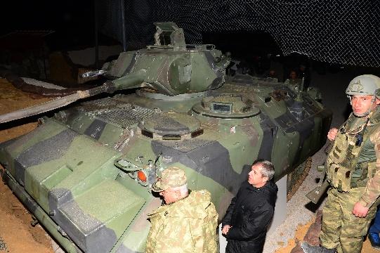 Bitlis Valisi Ahmet Çınar, operasyon bölgelerine incelemede bulundu