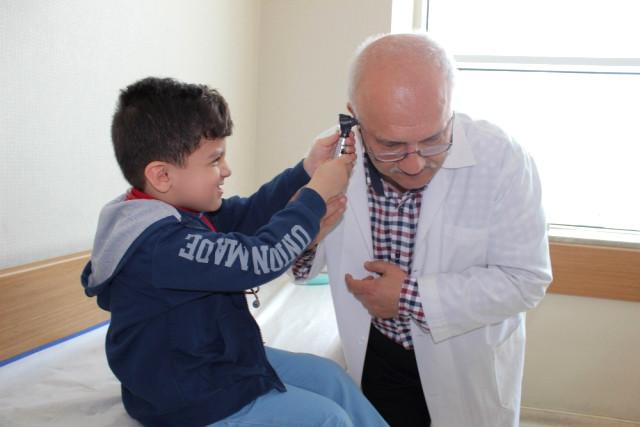Çocuklar Doktor Doktorlar Hasta Oldu !