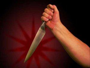 Erzurum'da Görev Yeri Değiştirilen İşçi Hastane Müdürünü Bıçakladı