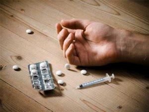 Ebeveynler Dikkat! Madde Kullanımı Şizofreniye Yol Açıyor