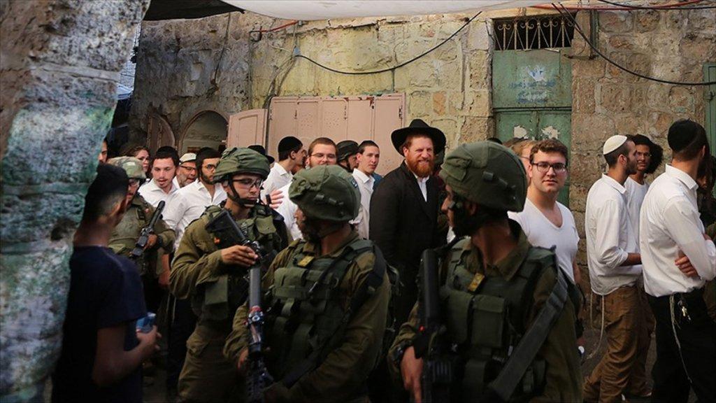 Yahudi Fanatik Yerleşimciler Aksa Avlusuna Girdi