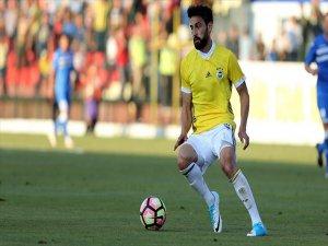 Fenerbahçeli Futbolcu Mehmet Ekici Sakatlandı