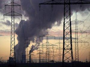 Türkiye'nin Elektrik İthalatı Faturası Azalıyor