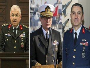 'Kuvvet Komutanlıkları'nda Görev Değişimi