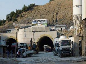 İzmir ile Manisa'yı birbirine bağlayacak Sabuncubeli Tüneli'nde son 264 Metre