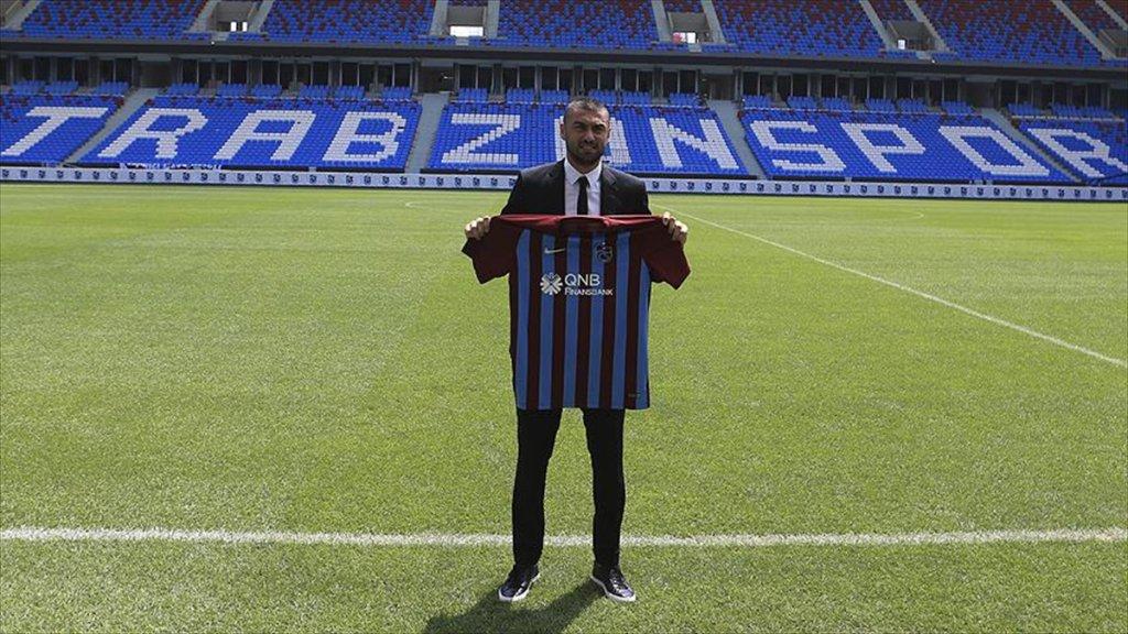 Burak Yılmaz Eski Takımı Trabzonspor'da