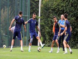 Fenerbahçe, Hazırlık Maçında Evinde Cagliari'yi Ağırlayacak