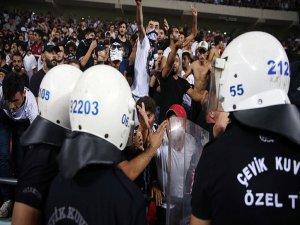 Süper Kupa Maçındaki Taraftar Olaylarını Müfettişler İnceleyecek