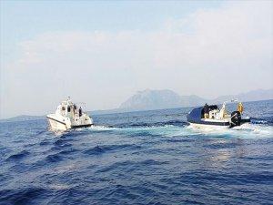 Muğla'da Sahil Güvenlik 4 Yunanistan Vatandaşını Kurtardı