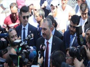 Adalet Bakanı Gül: Bu İfade Türkiye Cumhuriyeti Vatandaşına Yakışır Bir İfade Değil