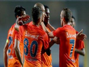 Medipol Başakşehir Sezona 3 Puan İle Başladı