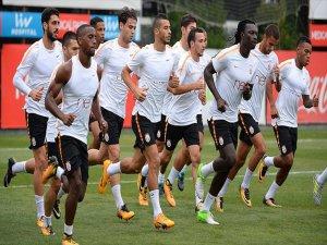 Galatasaray Sezona Yenilenen Kadrosuyla Başlayacak