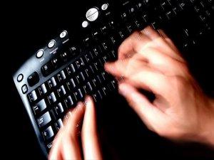 Sosyal Medyadan Terör Propagandasına 9 Gözaltı