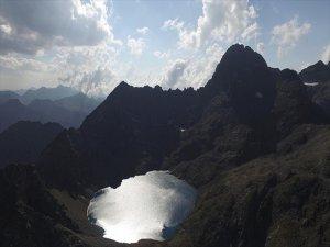 Kaçkar Dağları'nın Zirvesinde Gizli Cennet 'Buzul Gölü'