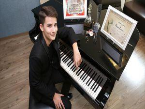 İzmirli Piyanist Dünya Birincisi Oldu