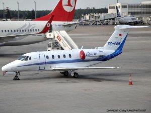 Atatürk Havalimanı'na Özel Jet Düştü!
