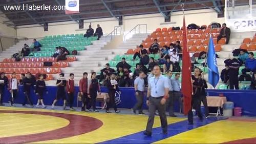 Güreşçiler Türkiye Şampiyonası İçin Ter Dökecek