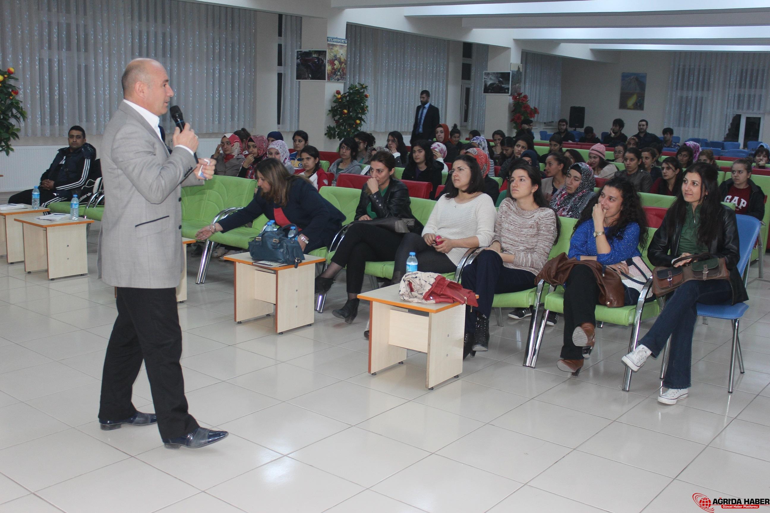 GHSİM KYK' da Gençlik Merkezi Tanıtımını Yaptı