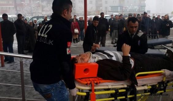 Ağrı'da Trafik Kazası: 1 Ölü, 17 Yaralı