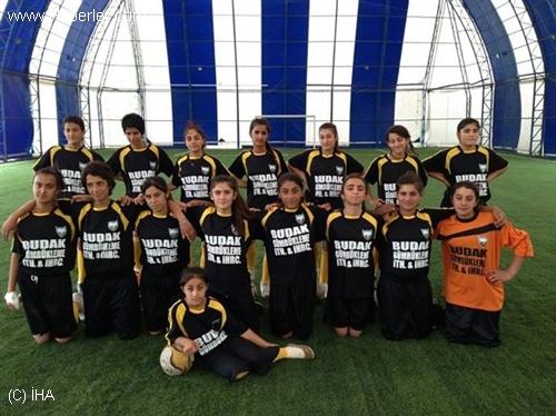 Bayan Futbolunda Ağrı Derbisi