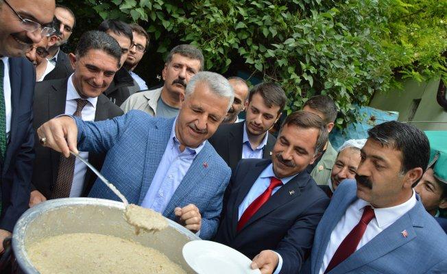 Ulaştırma Denizcilik ve Haberleşme Bakanı Ahmet Arslan Ağrı`da