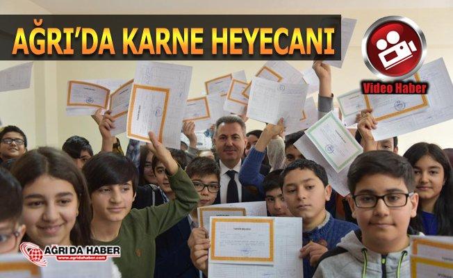 Ağrı Valisi Süleyman Elban Karne Dağıttı