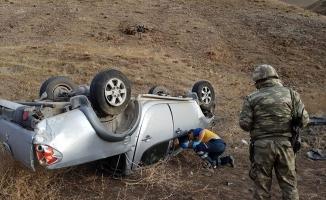 Eleşkirt'te Araç akla Attı: 1 Yaralı!