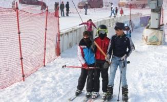 Ağrı'da Kayak Sezonu Açıldı