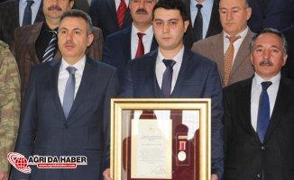 Ağrı'da 15 Temmuz Gazisine Devlet Övünç Madalyası verildi