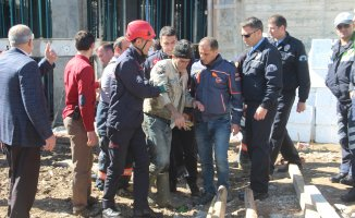 Elazığ'da İnşaatta Göçük: 3 İşçi Yaralandı!