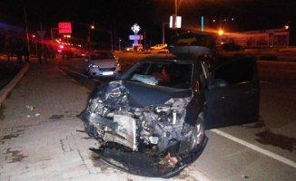 Gaziantep'te Trafik Kazası 2 Araç Çarpıştı: 5 Yaralı!