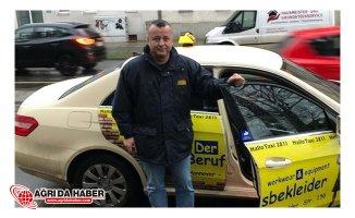 Taksi'de Unutulan 114 Bin 800 Euro Sahibine Teslim Edildi