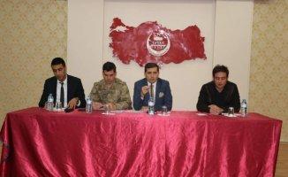 Tutak Kaymakamı Erkan İsa Erat Başkanlığı Okul Güvenliği toplantısı