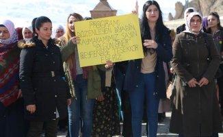 Diyadin Belediyesinden Bayanlara Özel Gezi Düzenlendi