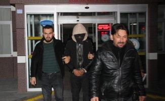 Hırsızlık şüphelisini giydiği kapüşonlu ceketi ele verdi