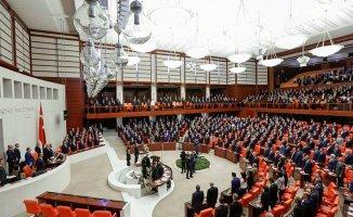 Seçim İttifakı Meclisi Geçti! CHP ve MHP'li vekiller kavga etti!