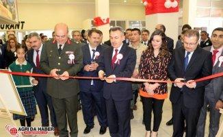 Ağrı'da 23 Nisan Ulusal Egemenlik ve Çocuk Bayramı Kutlamaları
