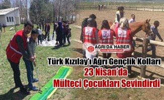 Ağrı Genç Kızılay Ekibi 23 Nisanda mülteci Çocuklarını sevindirdi