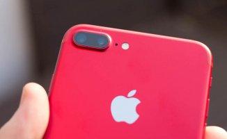 Apple'den Kırmızı İphone 8